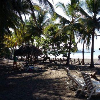 Het strand bij santa catalina