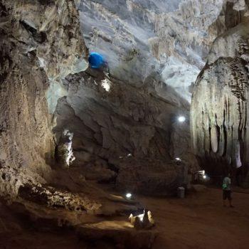 In de Phong Nha Cave