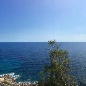 Uitzicht vanuit m'n appartement in San Remo