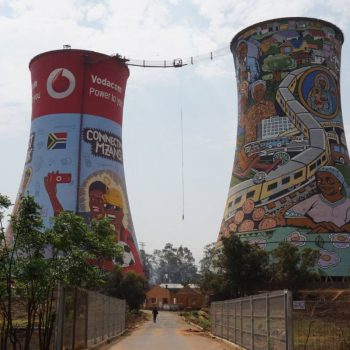 De kleurrijke Soweto towers