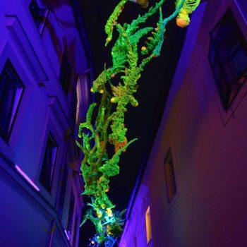 Lichtkunst in de avond