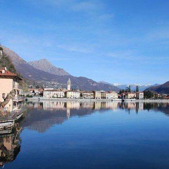 Meer van Lugano met Porlezza op de achtergrond.