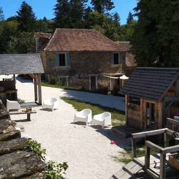 koffiehoek, vakantiehuis, speelwaterbaan op la-bastide in coussac-bonneval