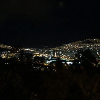 Medellin bij nacht