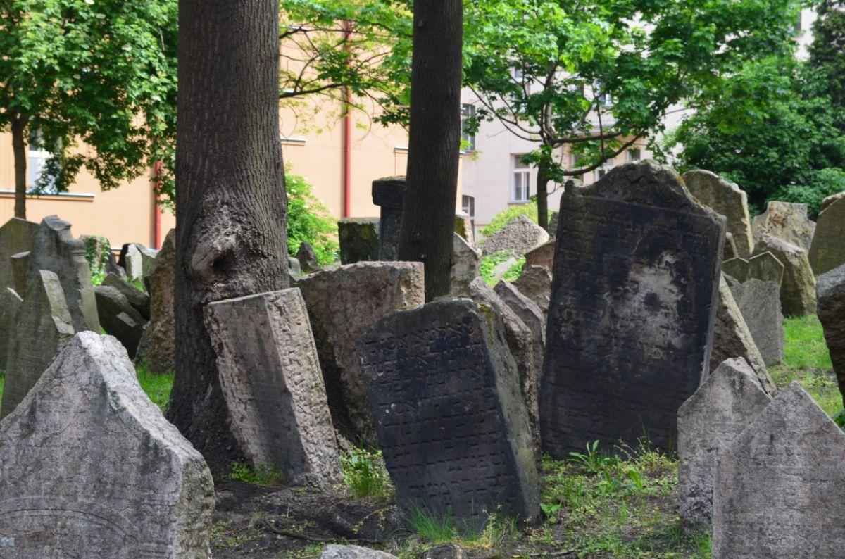 Joodse begraafplaats in Joodse wijk