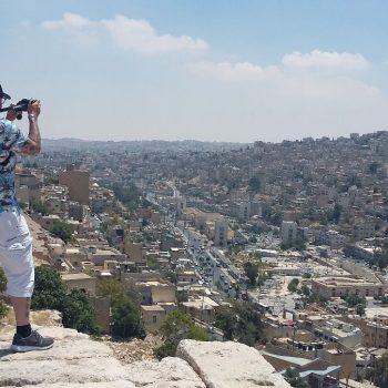 zicht op Amman vanop de citadel