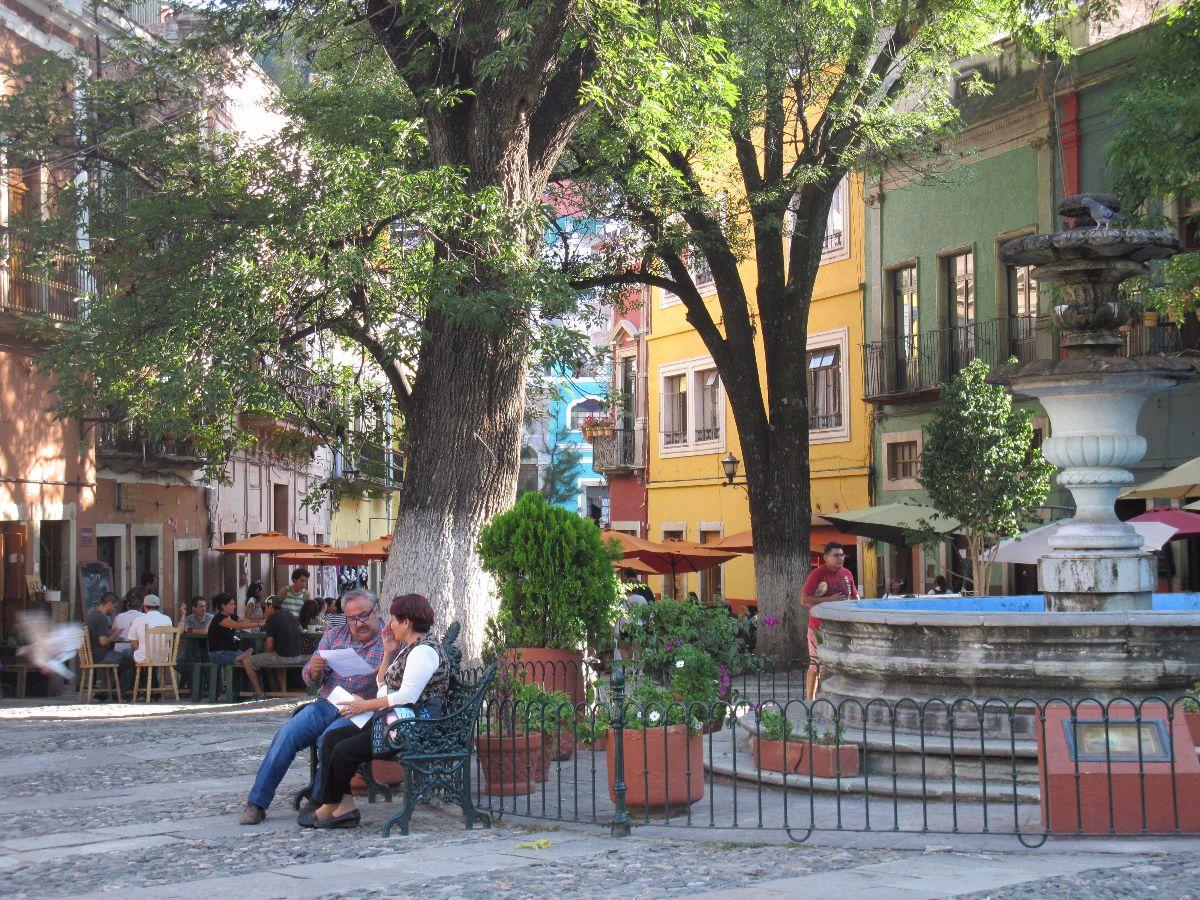 De sfeervolle Plaza de San Fernando