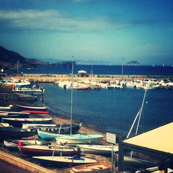 Rio marina havenplaatsje met eeuweoude mijn