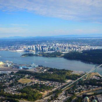 Vancouver met het waterzweefvliegtuig
