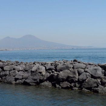 Vesuvius gezien vanuit Napels