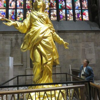 de Madonna van de Duomo van dichtbij