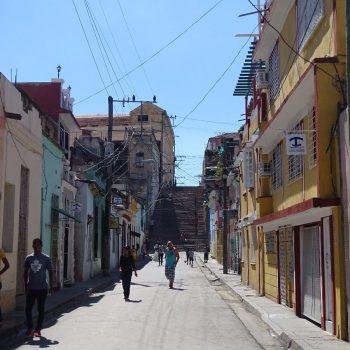 Straatbeeld Santiago de Cuba