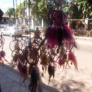 Aregua (een stadje met vele artisanale spulletjes zoals dromenvangers en beeldjes)