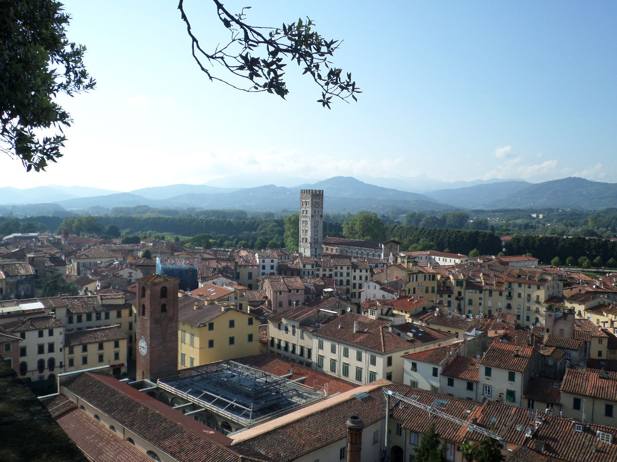 Uitzicht over Lucca