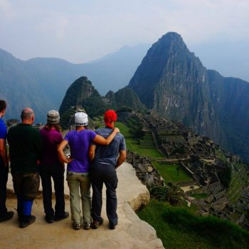 Machu Picchu met daarachter Huayna Picchu