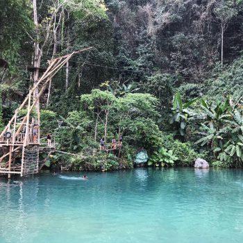 Blue lagoon bij Vang Vieng