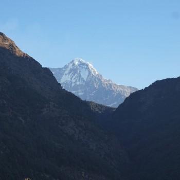 Onderweg over nieuwe paden naar Annapurna Mohare Hill