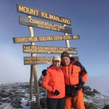 Uhuru peak op 5895 mtr