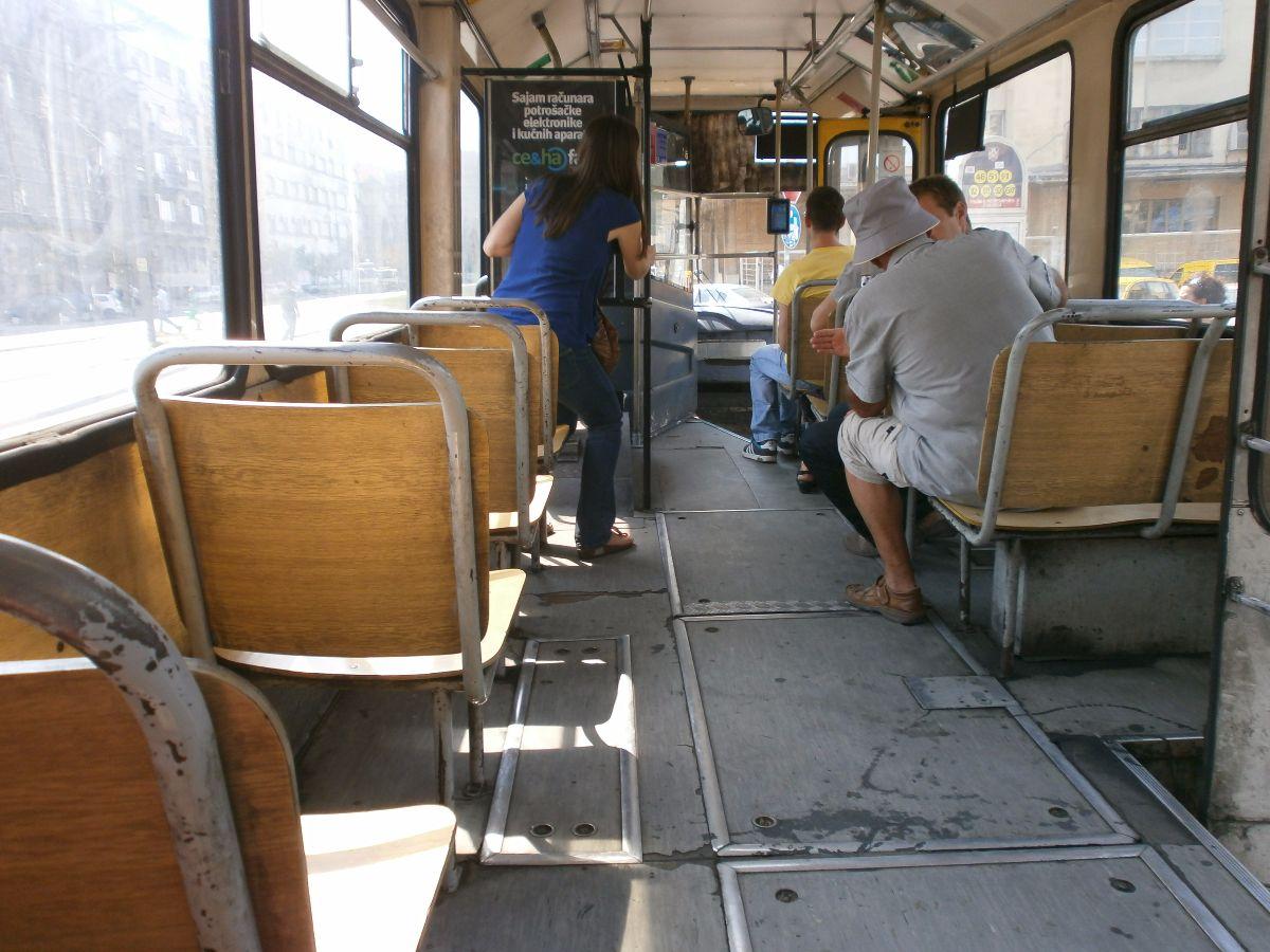 Het openbaar vervoer is niet erg comfortabel