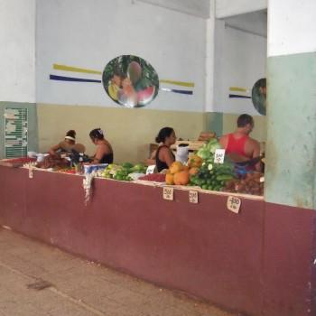 Markthal Santiago de Cuba. Kleurig en geurig!