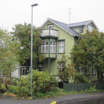 Typisch houten woning in Reykjavik