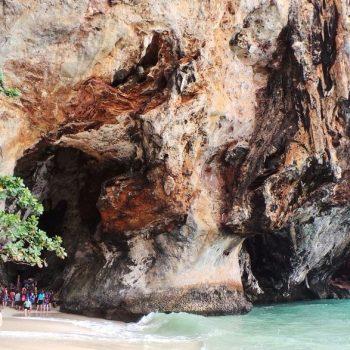 Pranang cave tijdens 4 islands tour