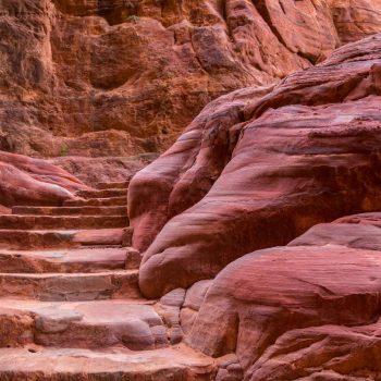 het gesteente heeft zoveel kleuren en patronen