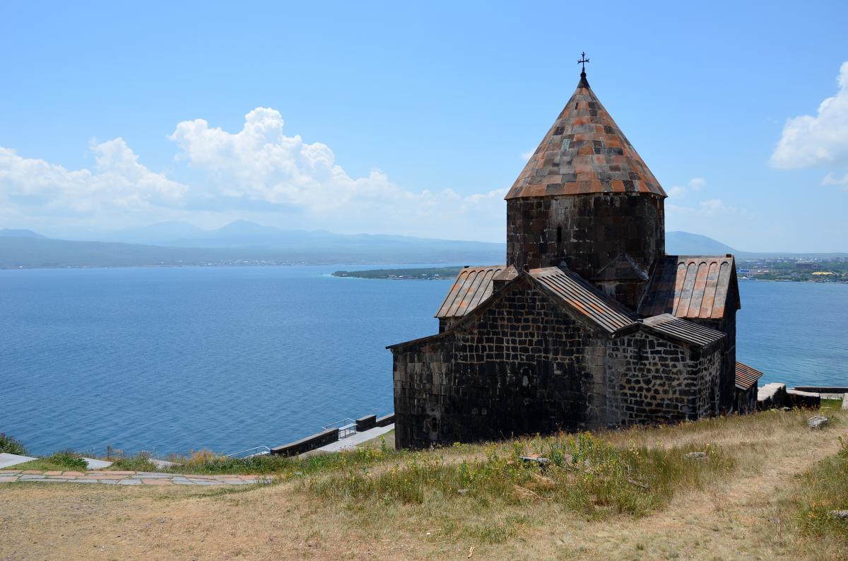 Lake Sevan en klooster