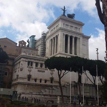 Verbaasd rondlopen in Rome
