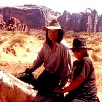 Samen te paard in Monument Valley