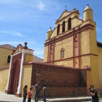 1 van de andere vele kerken in Mexico