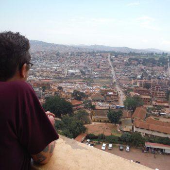 uitzicht over Kampala vanuit de moskeetoren