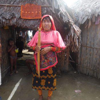 inwoonster op het hoofdeiland van de San Blas