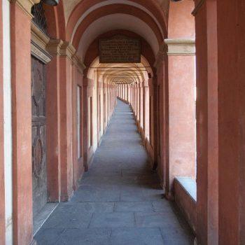 Langste zuilen rij in Bologna