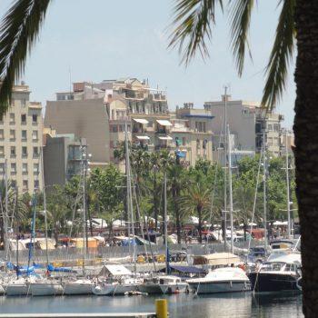 De haven van Barceloneta