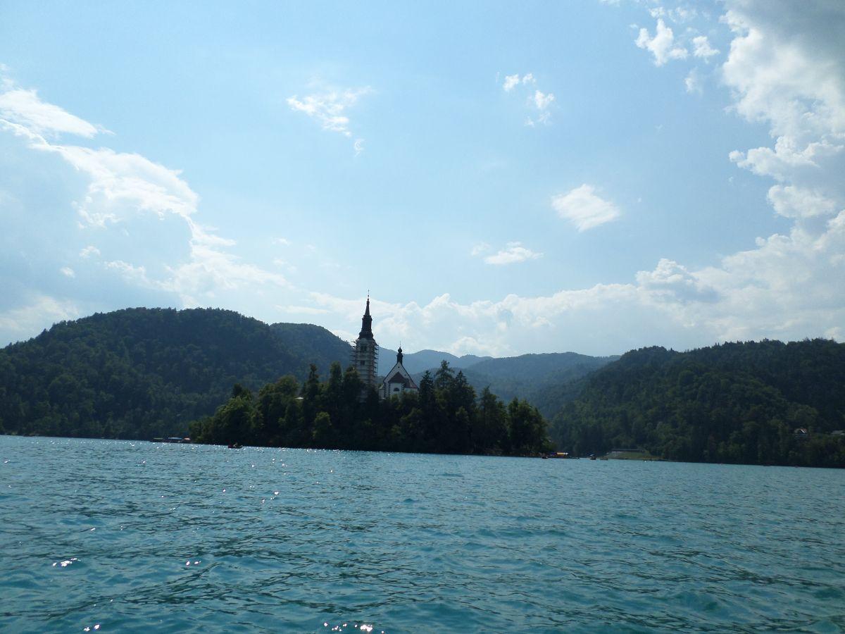 Eilandje met kerkje op het meer van Bled