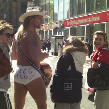 Naked Cowboy op Times Square