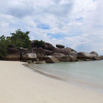 Tanjun Tingli beach