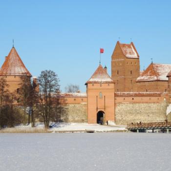 Kasteel Trakai in de sneeuw en met -20˚C