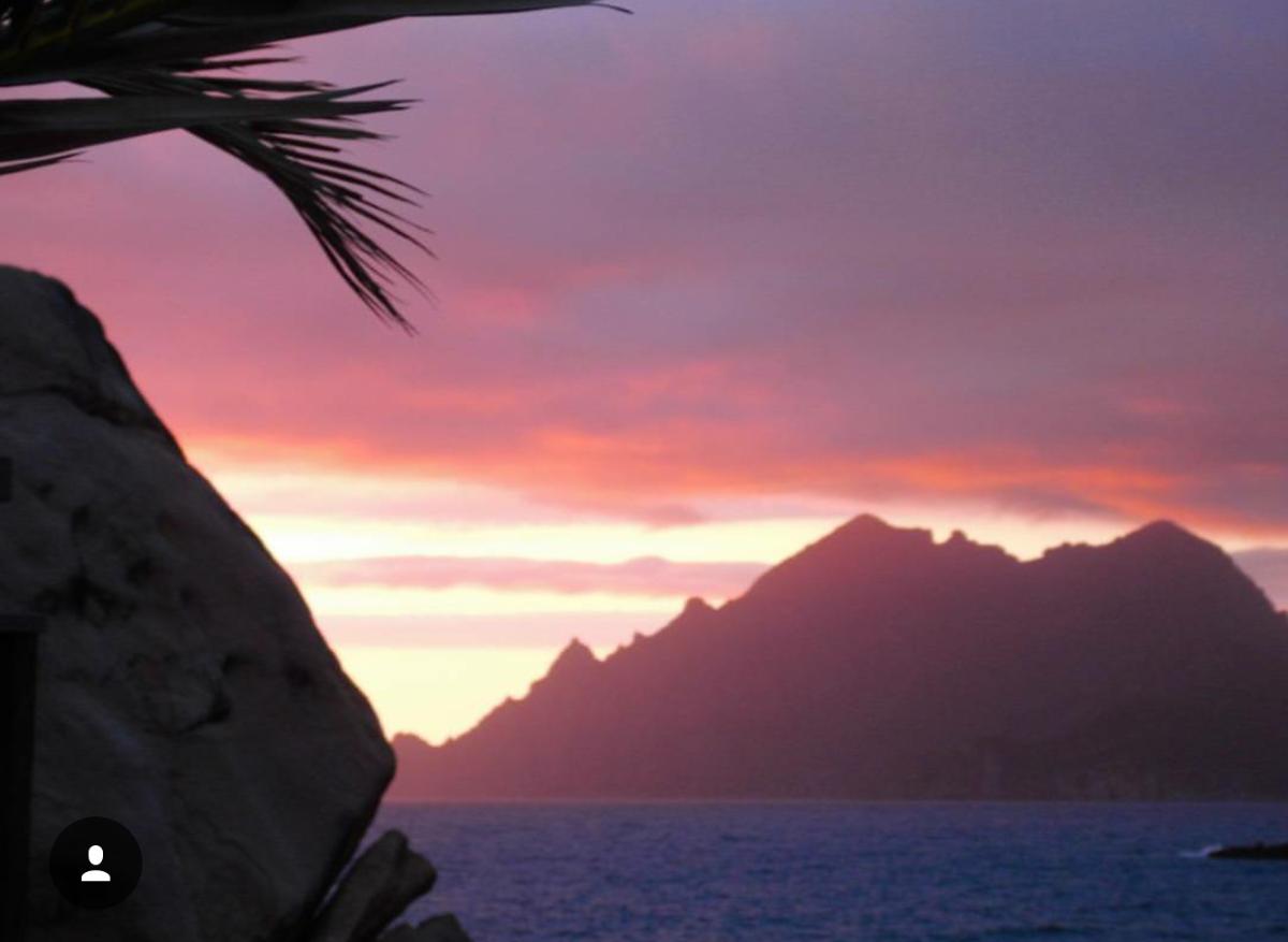 Corsica met zonsondergang