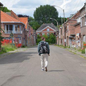 Verlaten straten in Doel