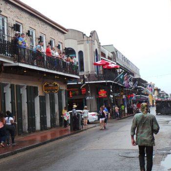 Bourbon Street in de French Quarter van new Orleans