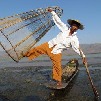 poseren voor de foto met viskorf