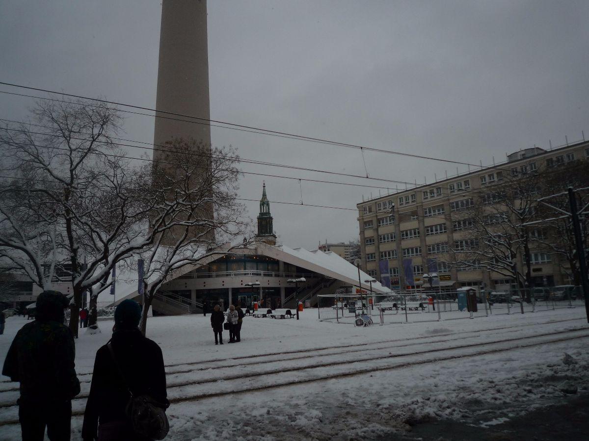 De tv toren zie je overal. Zoek op Instragram op #thattoweragain. Voor de echte Berlijn liefhebbers. Hier start ook de altenative tour.