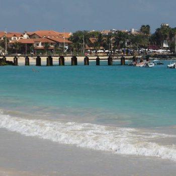 Prachtig strand bij Santa Maria