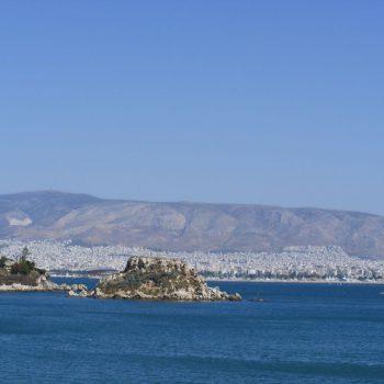 Piraeus, havenstad aan de kust van Athene