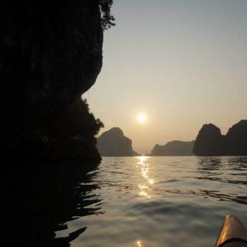 Kanoen in Halong bay