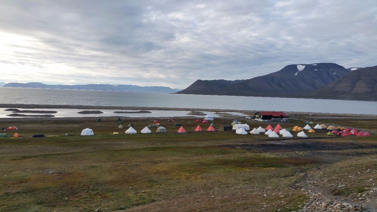 De noordelijkste camping ter wereld op Spitsbergen