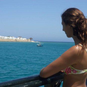 Genieten van het uitzicht vanaf de boot