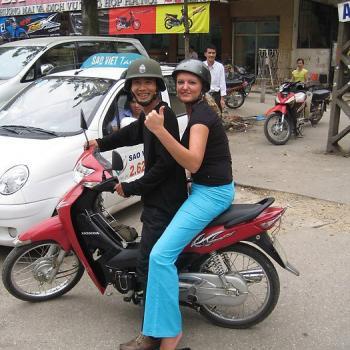 Let's gooooo: Scooterritje Hanoi :)!